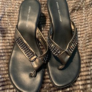 Athena Alexander Size 11 Black Bling Wedges